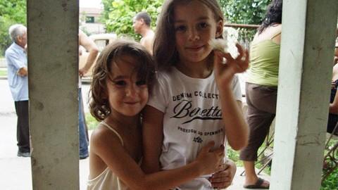 Ana & Layla